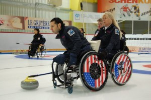 CUR-Curling-Older-2
